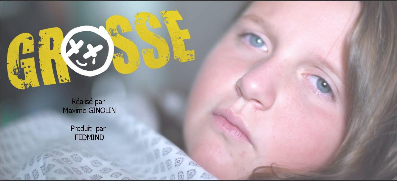 """Intitulé """"Grosse"""", ce film de 38 minutes retrace la vie quotidienne d'une jeune femme obèse, de l'enfance à la vie adulte."""
