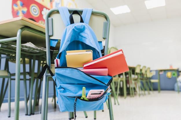 Face aux pathologies pulmonaires, à l'augmentation du risque d'obésité et de diabète... le collectif « Les chercheurs d'air » lance une campagne « Petits poumons » pour évaluer les concentrations de particules fines dans plusieurs établissements scolaires de la capitale belge.