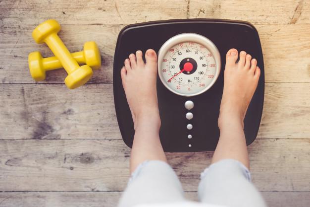 Selon des recherches récentes menées en Pourtugal, les parents peuvent parfois souffrir d'une sorte de déni concernant le poids de leurs enfants. Une dénégation qui peut constituer un obstacle à la correction de l'obésité infantile. Ou quand le regard ne vaut pas la balance.